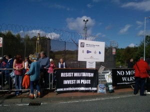 Scottish Network for Peace Banners at Faslane Nuclear Submarine base 20.09.2014.