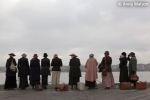 The women wait at Tilbury for ships that do not arrive (filmed re-enactment)